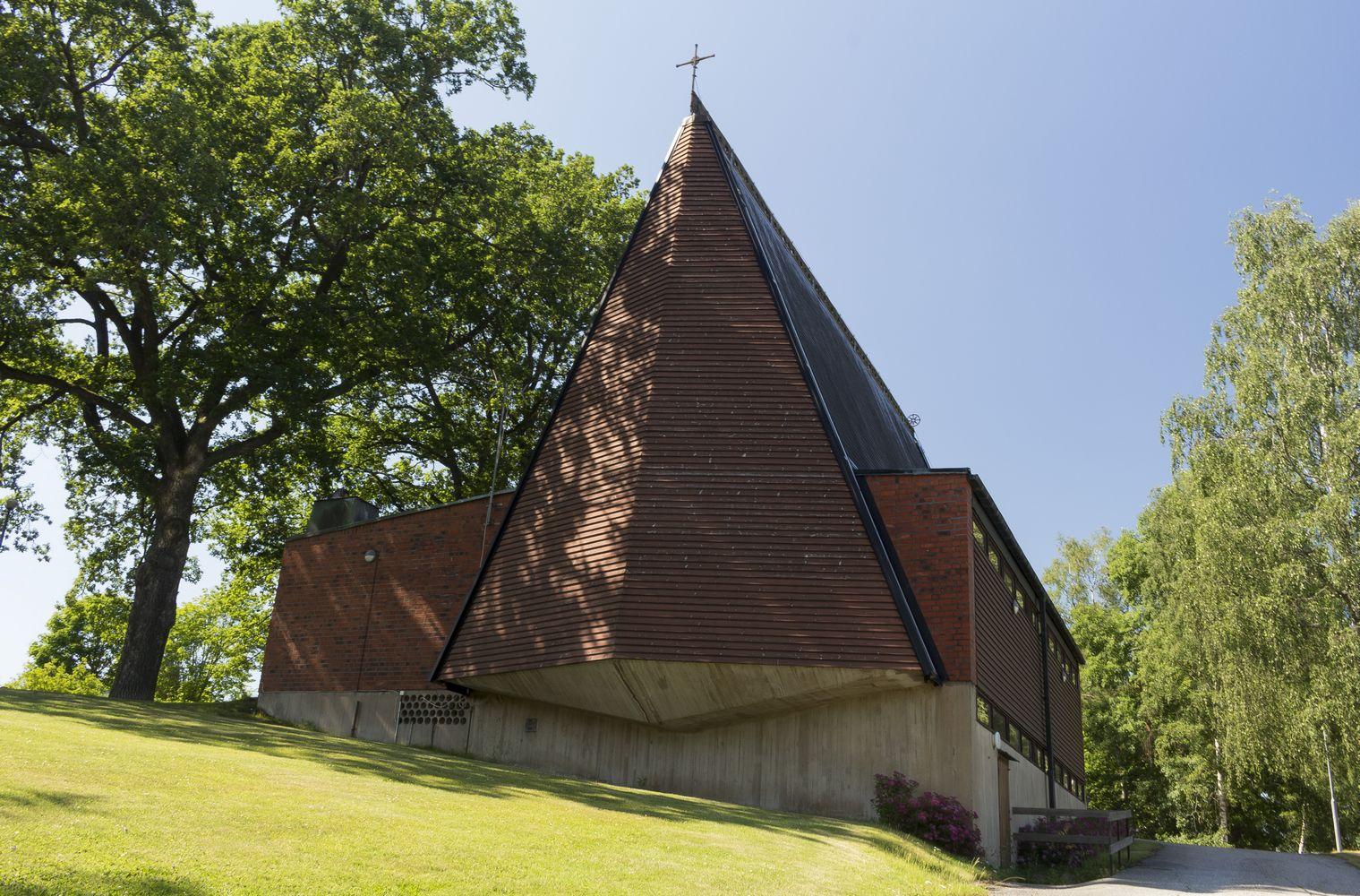 Valla kyrka. Foto: Oksana Verkhola